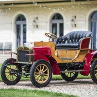 125 años de ŠKODA: Un viaje a través del tiempo al volante de doce iconos de la marca
