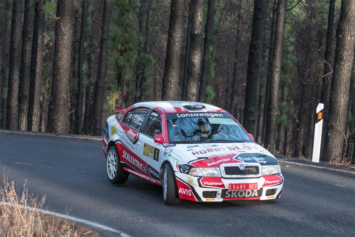 Raúl Quesada impresionó con sus prestaciones sobre el Skoda Octavia Kit Car
