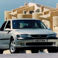 El Opel Vectra, un precursor de la seguridad hace 25 años