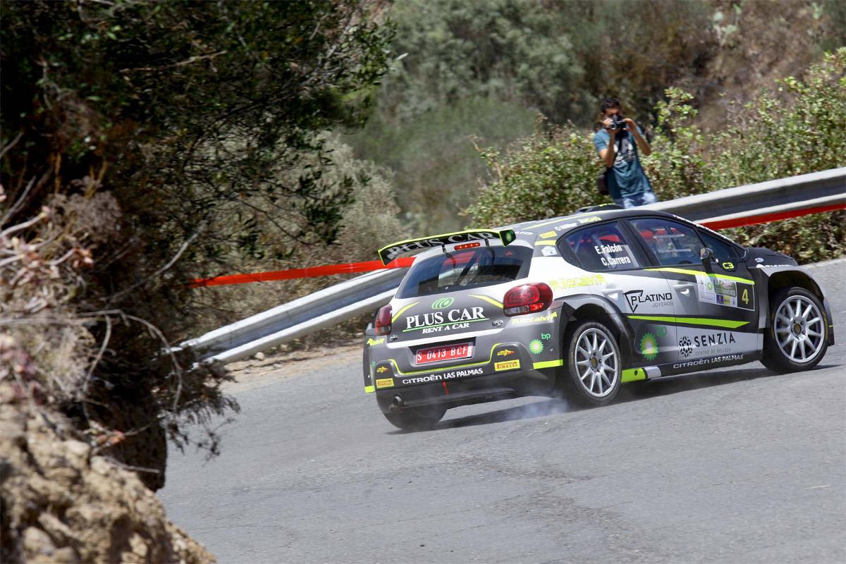 Primera visita de Falcón y Carrera a Tenerife con el Citroën C3 R5